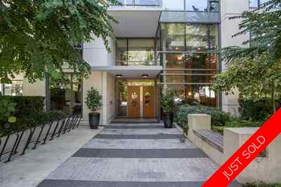 Lower Lonsdale Condo for sale:  1 bedroom 681 sq.ft. (Listed 2019-11-09)